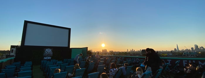 Rooftop Film Club is one of LON - TO DO LIST.