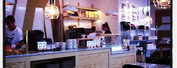 Fazer Café Munkkivuori is one of Lieux sauvegardés par A..
