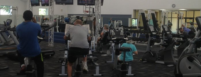 South Shore Health & Racquet Club is one of Posti che sono piaciuti a Kathleen.