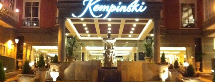 Villa Rosa Kempinski is one of Nairobi Traffic.