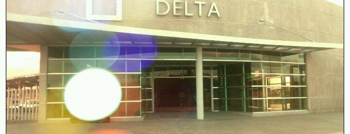 SIT Terminal Delta is one of สถานที่ที่ Juan pablo ถูกใจ.