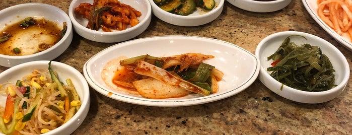 Shin Chon Garden Restaurant is one of Locais salvos de Leonda.