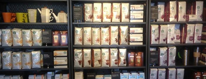 Starbucks is one of Lieux qui ont plu à Lyss.