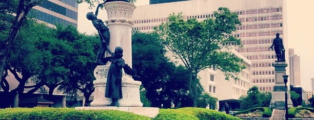 Lafayette Square is one of New Orleans.