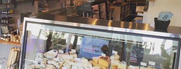 Cheesemongers of Sherman Oaks is one of Tempat yang Disukai Jason.