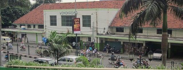 Stasiun Wonokromo is one of Characteristic of Surabaya.
