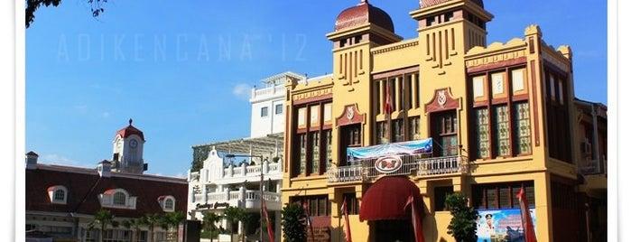 Gedung Brantas ( Gedung NW Soerabaia Handelsblad) is one of Characteristic of Surabaya.
