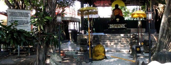 Arca Joko Dolog is one of Characteristic of Surabaya.