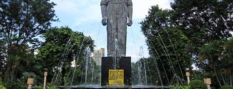 Monument Gubernur Suryo is one of Characteristic of Surabaya.