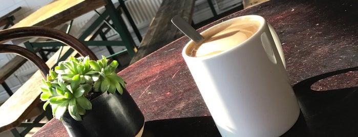 Workhouse Café is one of Danielle'nin Kaydettiği Mekanlar.