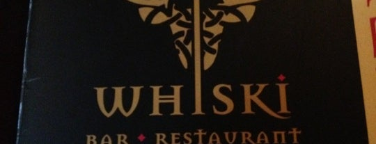 Whiski Bar & Restaurant is one of Locais curtidos por Luciana.