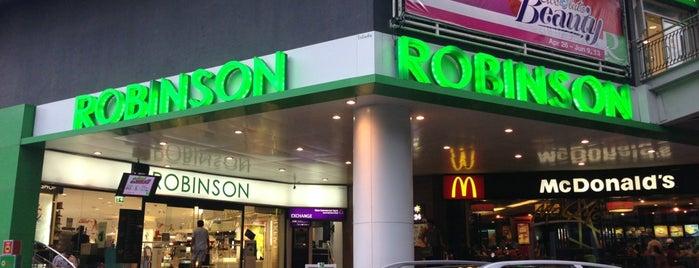 โรบินสัน is one of สถานที่ที่ 「 SAL 」 ถูกใจ.