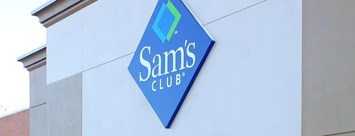 Sam's Club is one of Lieux qui ont plu à Tanya.