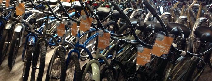 Bike Connection is one of Tempat yang Disukai Raj.