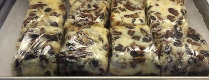 Provencal Bakery & Café is one of Lieux qui ont plu à Jason.