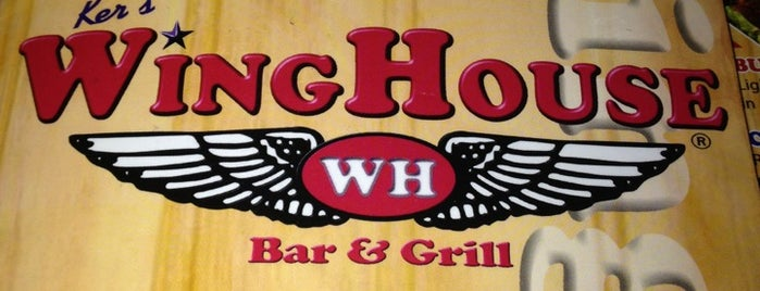 Ker's WingHouse Bar & Grill is one of Ilaさんのお気に入りスポット.