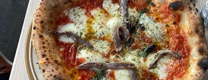 Song' e Napule Pizzeria is one of NYC pizza.