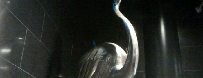 Viihdekeskus Flamingo is one of Ostarit.