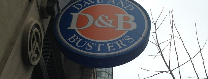 Dave & Buster's is one of Lugares favoritos de Leland.