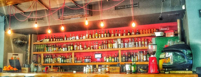 Бар Кристалъ is one of Bars.