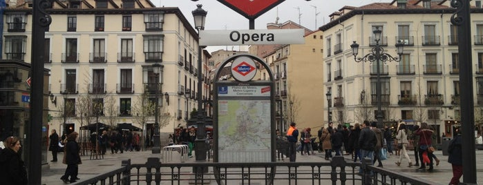 Metro Ópera is one of Transporte Madrid.