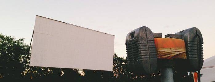 Long Drive-in is one of Drive-In Theaters.