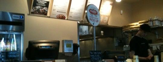 Noodles & Company is one of Orte, die Delaney gefallen.