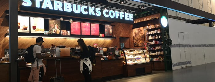 Starbucks is one of Orte, die Paolo gefallen.