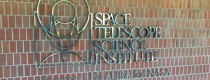 Space Telescope Science Institute is one of Posti che sono piaciuti a Robyn.