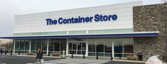 The Container Store is one of Kellyさんのお気に入りスポット.