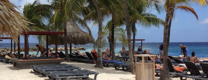 Zanzibar is one of Orte, die Anna Beatriz gefallen.