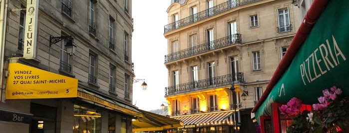 Quartier Latin is one of Paris.