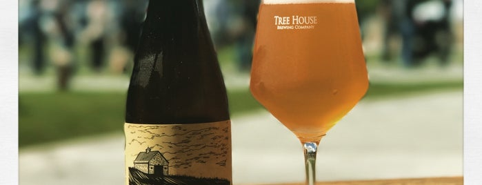 Tree House Brewing Co. is one of Locais curtidos por Al.