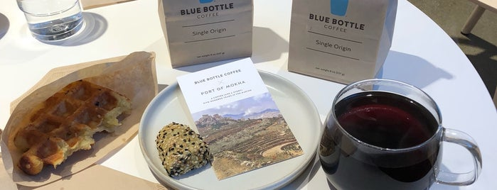 Blue Bottle Coffee is one of Orte, die Al gefallen.