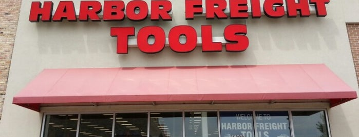 Harbor Freight Tools is one of Georgeさんのお気に入りスポット.