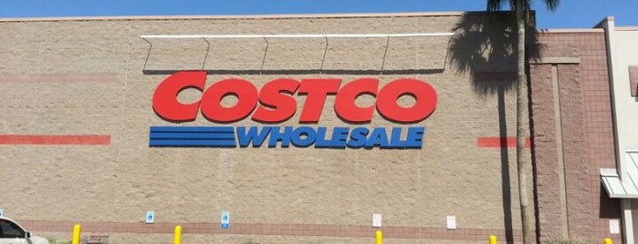 Costco is one of Lieux qui ont plu à Tasia.