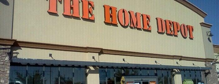 The Home Depot is one of Randi 님이 좋아한 장소.