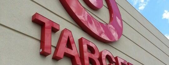 Target is one of Lieux qui ont plu à Kristen.