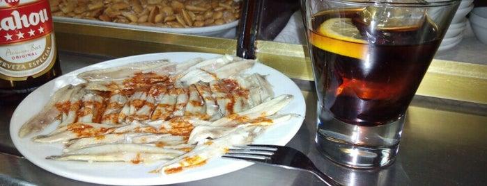 Bar Restaurante La Fuente is one of restaurants i tapes a sant andreu.