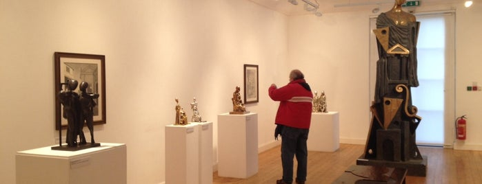 Estorick Collection of Modern Italian Art is one of London.
