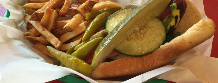 Murphy's Red Hots is one of Chicago: Favorite Grub.