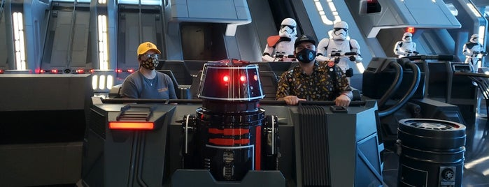 Star Wars: Rise of the Resistance is one of Posti che sono piaciuti a P..