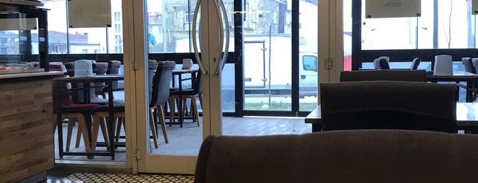 Kaptan Börek&Cafe is one of Lieux qui ont plu à Tughan.