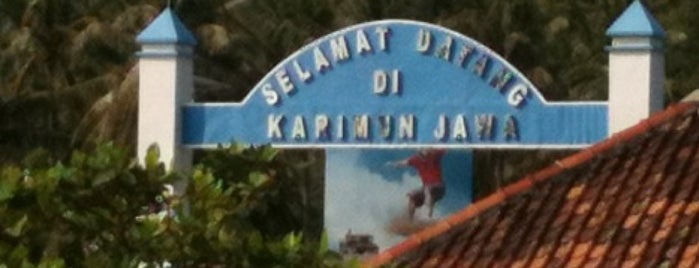 Pulau Karimunjawa is one of สถานที่ที่ Jonathan ถูกใจ.