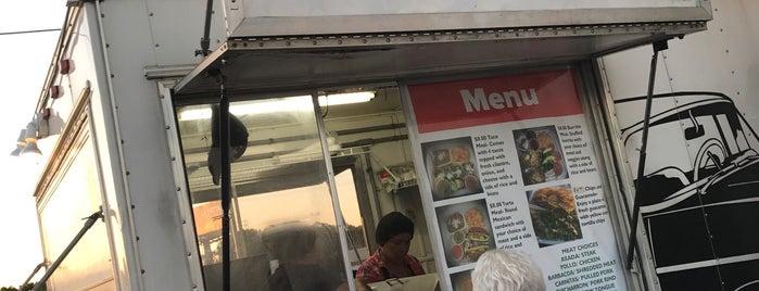 lucy's tacos is one of Danette'nin Beğendiği Mekanlar.