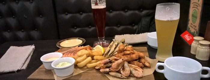 O'Sullivan's Irish Pub is one of สถานที่ที่ Vlad ถูกใจ.