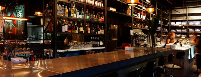 Fabbrica Restaurant & Bar is one of LNE.