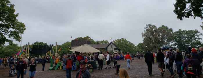Minnesota Renaissance Festival is one of Orte, die Adam gefallen.