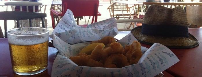 Chiringuito Las Sardinitas is one of Restaurantes ya probados:).