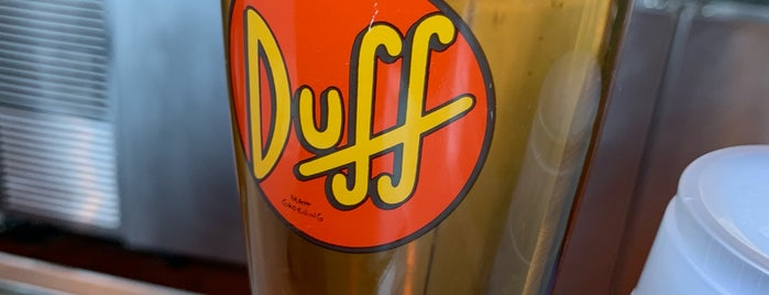 Duff Brewery Beer Garden is one of Joseさんのお気に入りスポット.